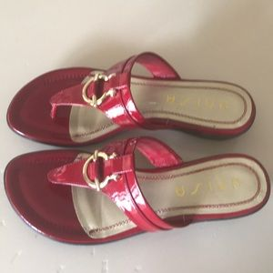 Red Unisa Sandal. Size 10 - like new